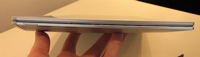 Sony-Vaio-Duo-13-slider-hands-on-08.JPG