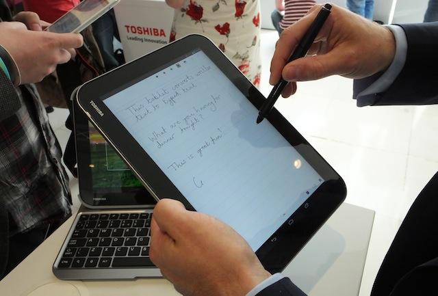 Toshiba-Excite-Write-01.JPG