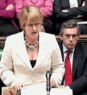 jacqui-smith-cleavage.jpg