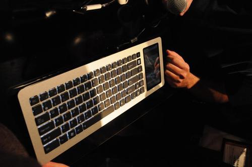 Asus-keyboard.JPG