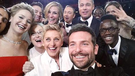 ellen-oscar-selfie.jpg
