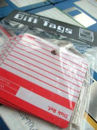 floppy-disk-gift-tags.jpg