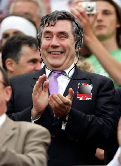 gordon_brown_british_ipod.jpg