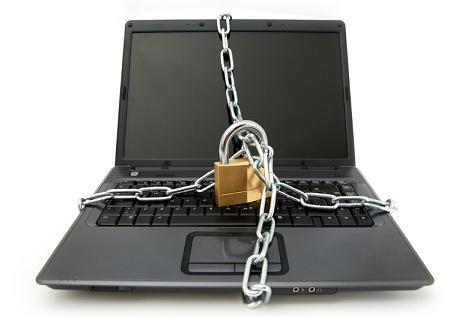 laptop padlock.jpg