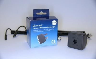 o2-universal-charger.jpg