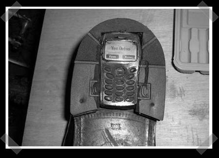 shoe-phone.jpg
