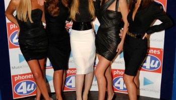 Battle of the purple mobiles: Girls Aloud with the Samsung