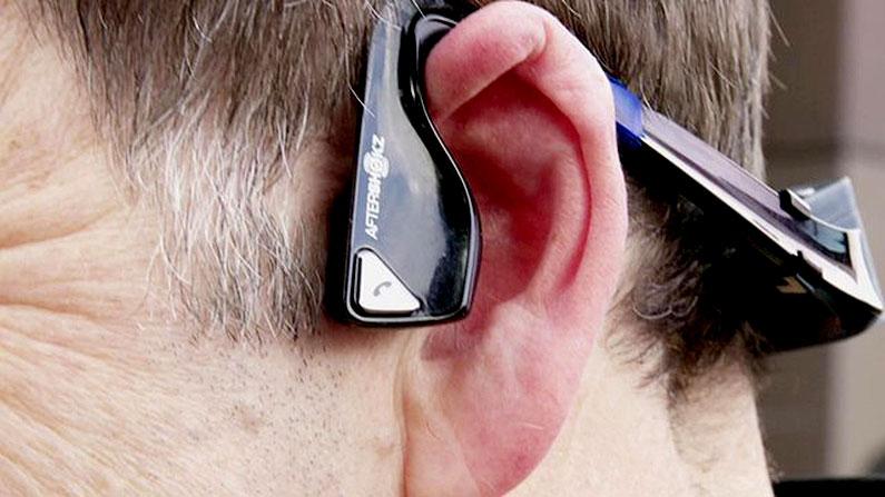 microsoft-headset-blind