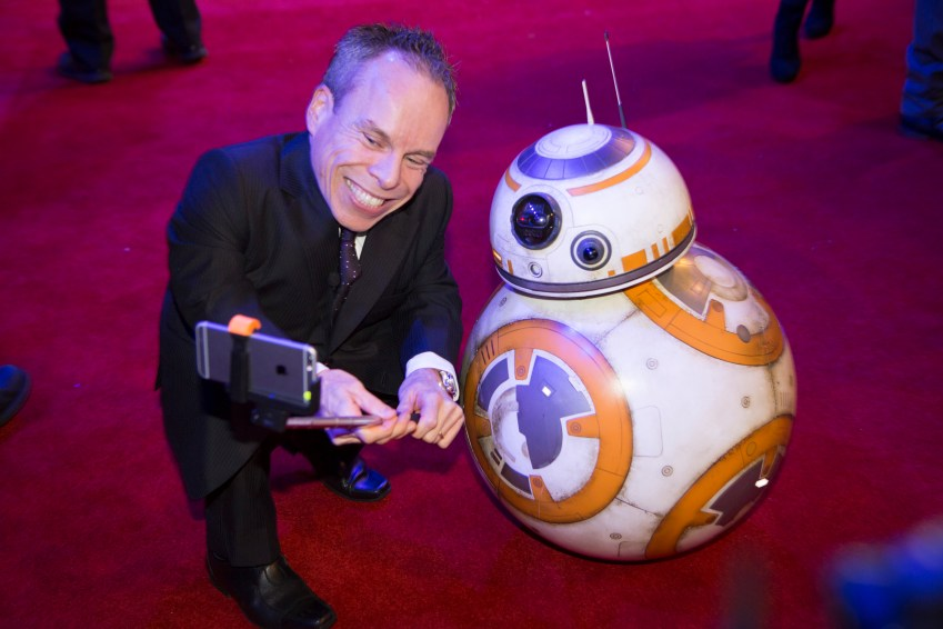 LONDON, UK - DECEMBER 16: Warwick Davis and BB8 attend the European Premiere of the highly anticipated Star Wars: The Force Awakens in London on December 16, 2015.