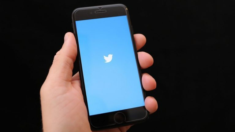 Twitter rolls out ability to hide replies to tweets