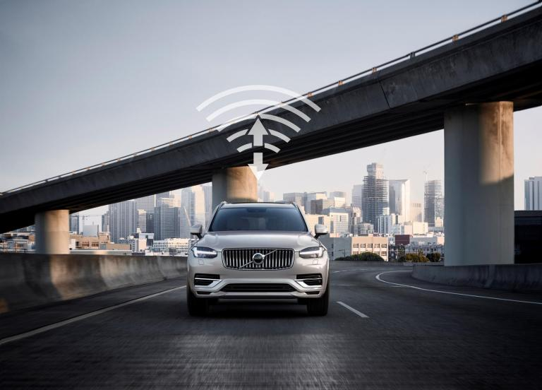 Volvo and China Unicom partner on 5G for V2X