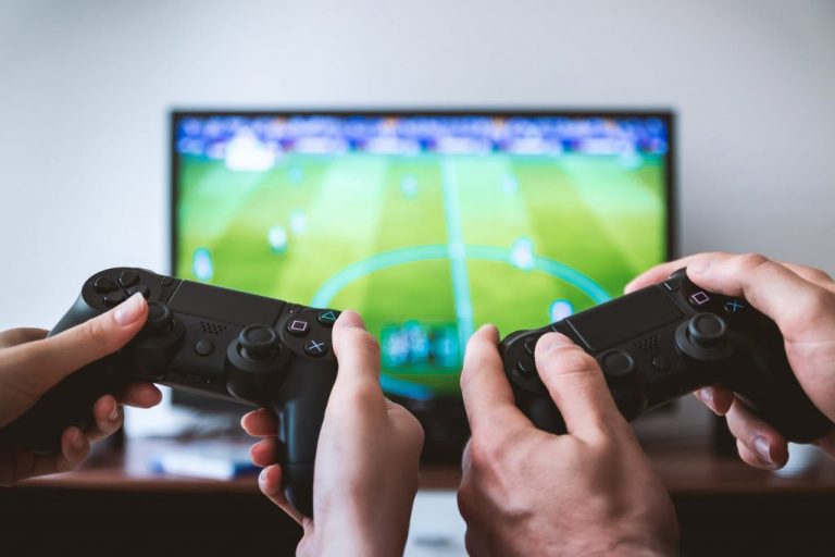 Parents gaming with children to stay more connected