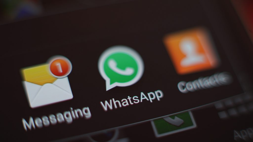 Tech Digest daily round up: WhatsApp allows stalkers to track users, claims report