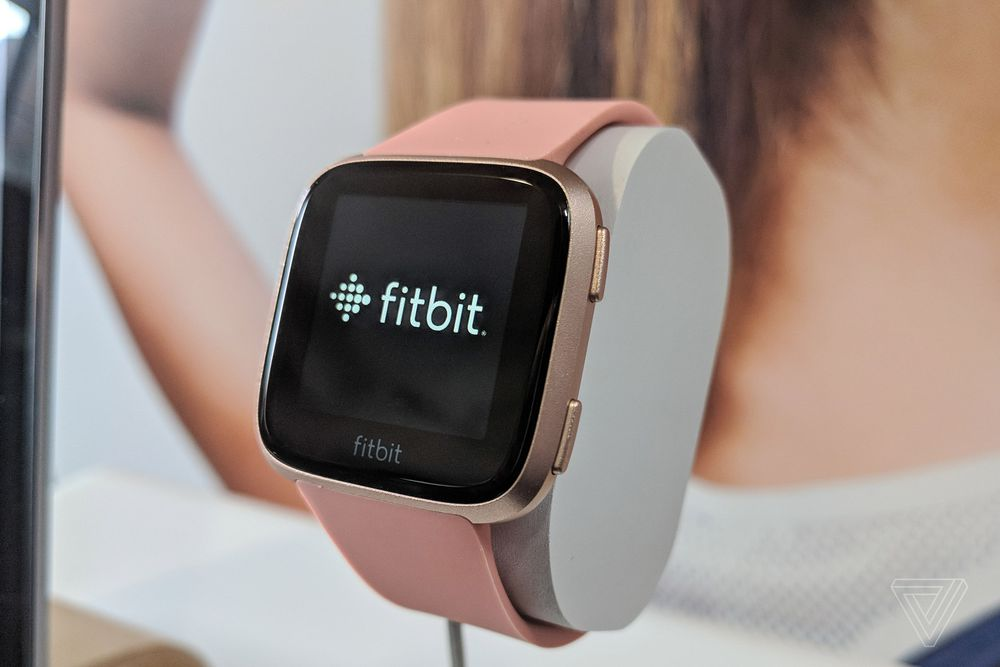 fitbit versa fitness smartwatch announced in india replaces fitbit blaze. Black Bedroom Furniture Sets. Home Design Ideas