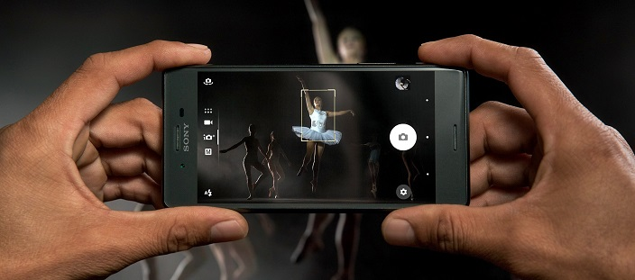 How it would feel like to have the camera of Sony Xperia X series in your hands