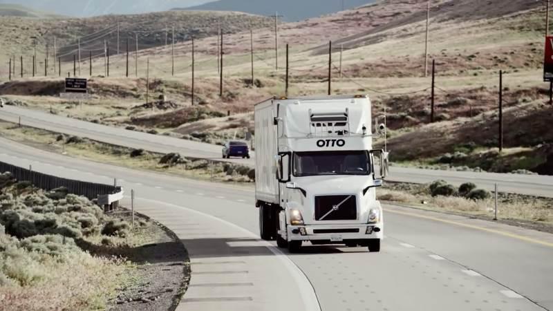 Sozinho, camião da Uber entregou 50 mil cervejas