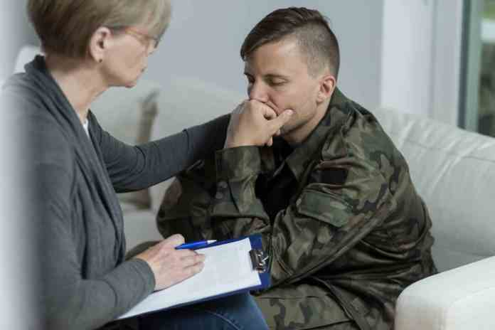 Posttraumatic stress disorder (PTSD) caused by traumatic military experiences is associated with feelings of anxiety, anger, sadness and/or guilt. New Penn State research is evaluating how PTSD symptoms increase risks for academic difficulties as well. Image: Katarzyna Białasiewicz