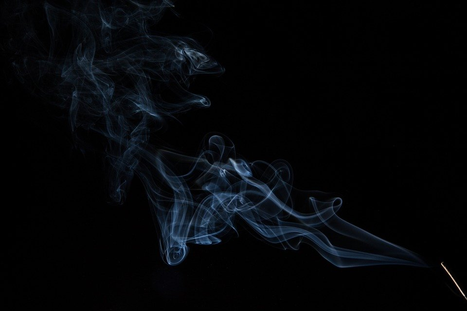 Exhaled e-vapor particles evaporate in seconds, study