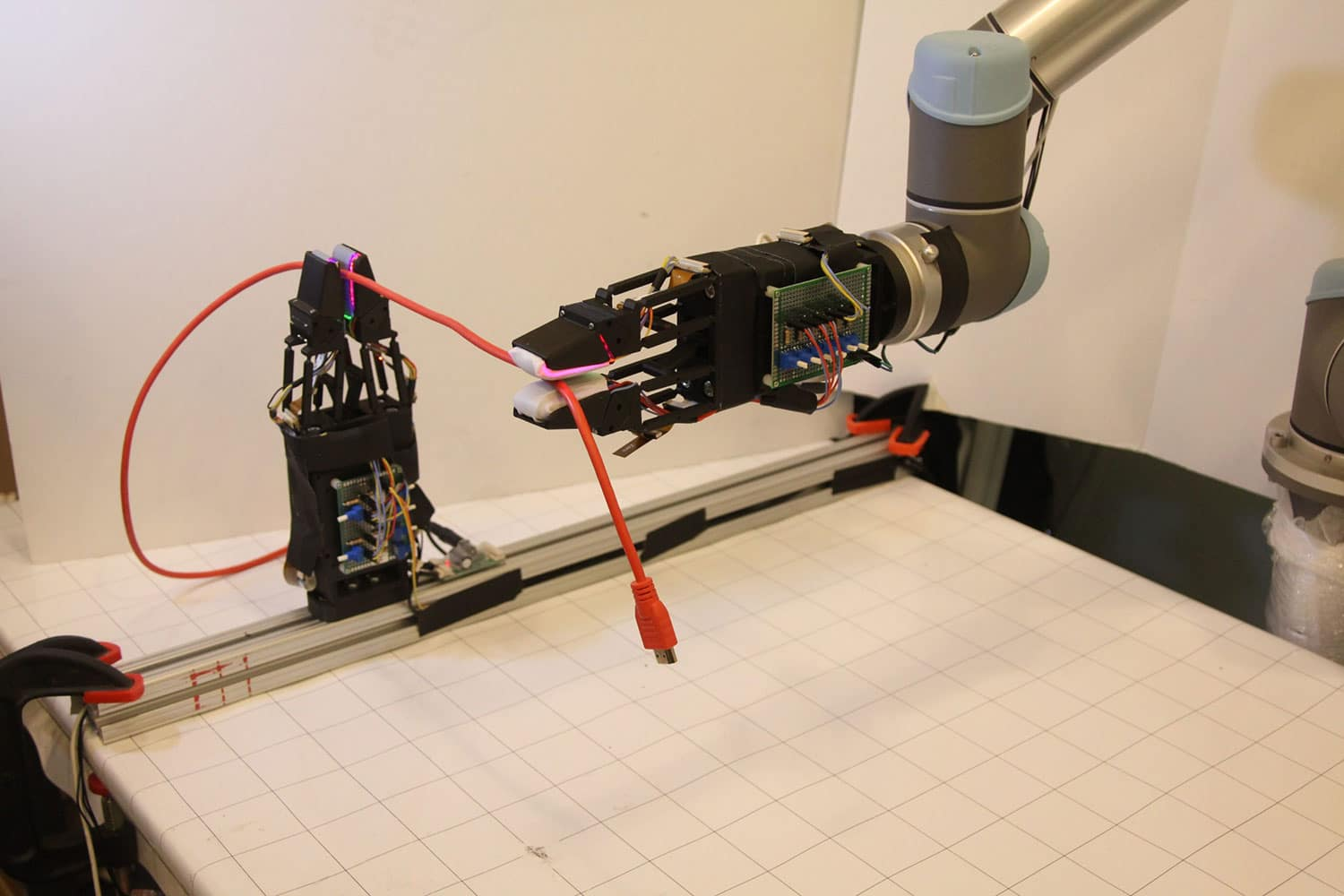 Robots learn to handle thin cables with unprecedented dexterity