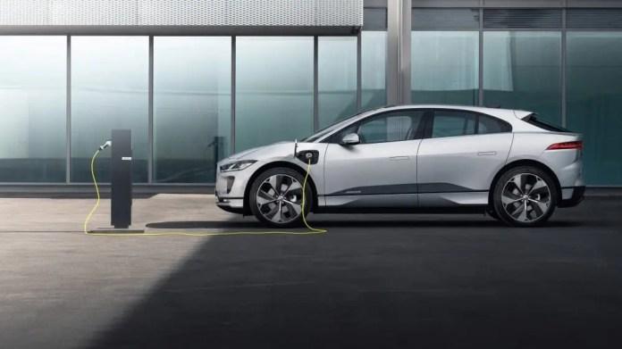 Jaguar I-PACE is now smarter, better connected
