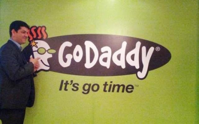 godaddy_01-624x390