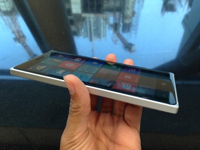 Lumia-830-31