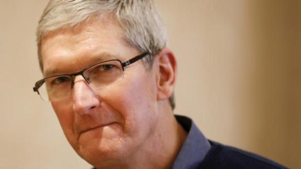 Apple-CEO-Tim-Cook-624x351