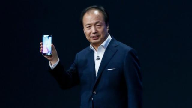 Samsung-MWC-Barcelona-president-JK-Shin-Galaxy-S6-TechFoogle-720-Reuters-624x351