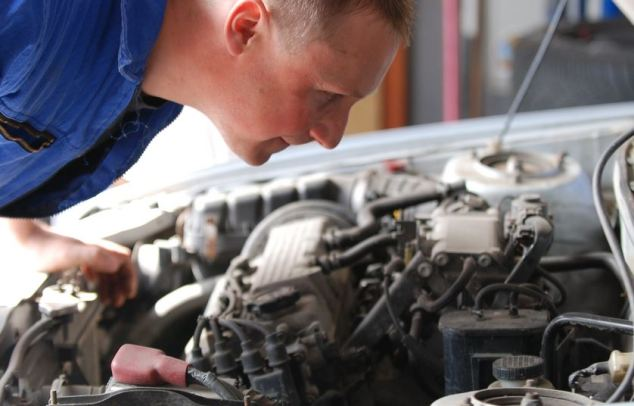 Auto Electronics Keeping The Trickiest Parts Of Your Car Running Tech Gadgets Guide