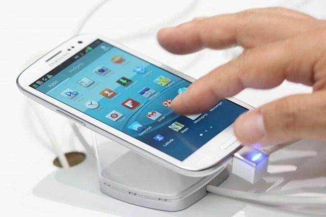Samsung Galaxy S4 Hack