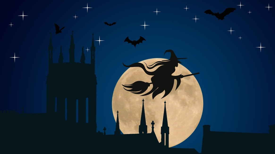 horro-halloween-withc-flying-on-broom