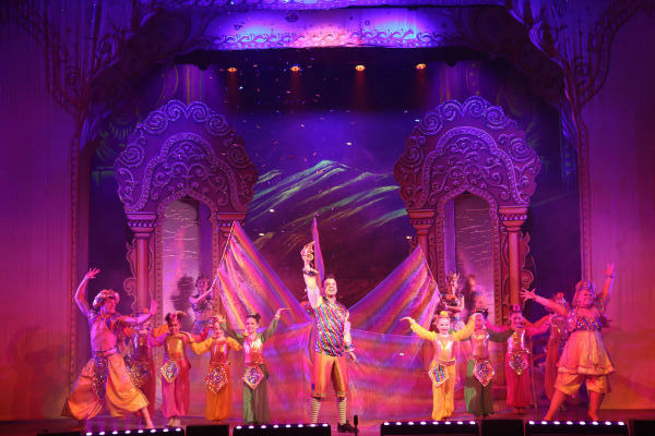 Andy had been working on an LED lighting concept for the last two pantomime seasons u2026 with an increasing percentage of the rig becoming LED and this year ... & Putting LED into the Magic Lamp   Techie Talk azcodes.com