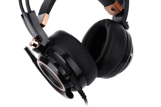 SOMIC G941 USB GAMING HEADSET Wear Sound Ear Cups design