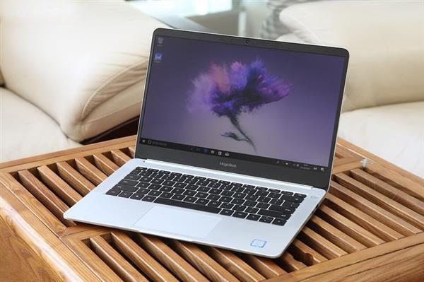 HUWAWEI Honor MagicBook Laptop Display