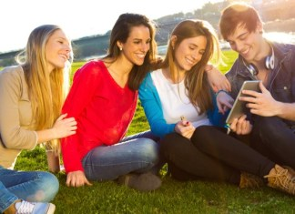 Top Sites That Will Balance Your College Years