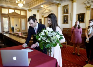 How To Stay Safe Online While Planning a Wedding Shopping