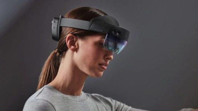 microsoft-hololens-2-mixed-reality-headset