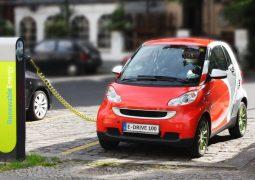 Elektrikli araç devrimi petrol üreticilerini yaktı