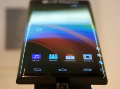 LG curved scree