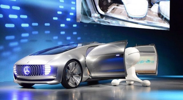 Mercedes-Benz F 015_hero