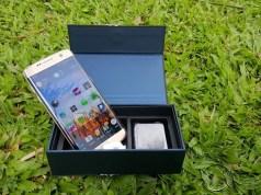 Galaxy s7 Edge In box