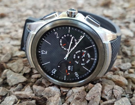 LG Watch Urbane_ Hero