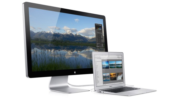 Apple Thunderbolt Display with MacBook Air