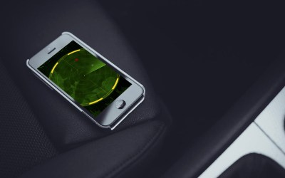 iPhone Tracking Car