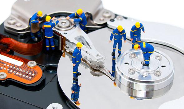 broken-hard-drive-workers