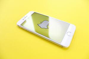 spiele Snapchat im Hintergrund