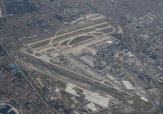 Havalimanı pistleri nasıl isimlendiriliyor