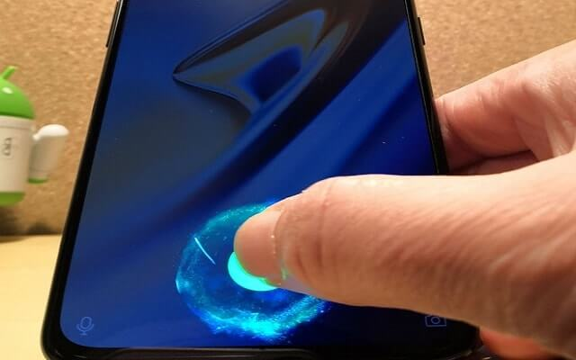 OnePlus 6T screen protector has support for the in-screen fingerprint scanner