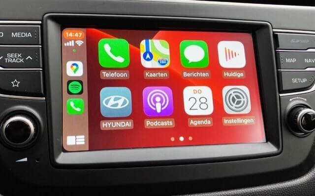 carplay apps add remove organize