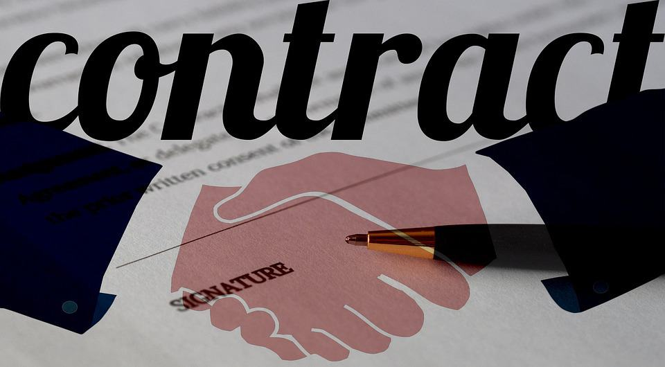contracts vs. outsourcing
